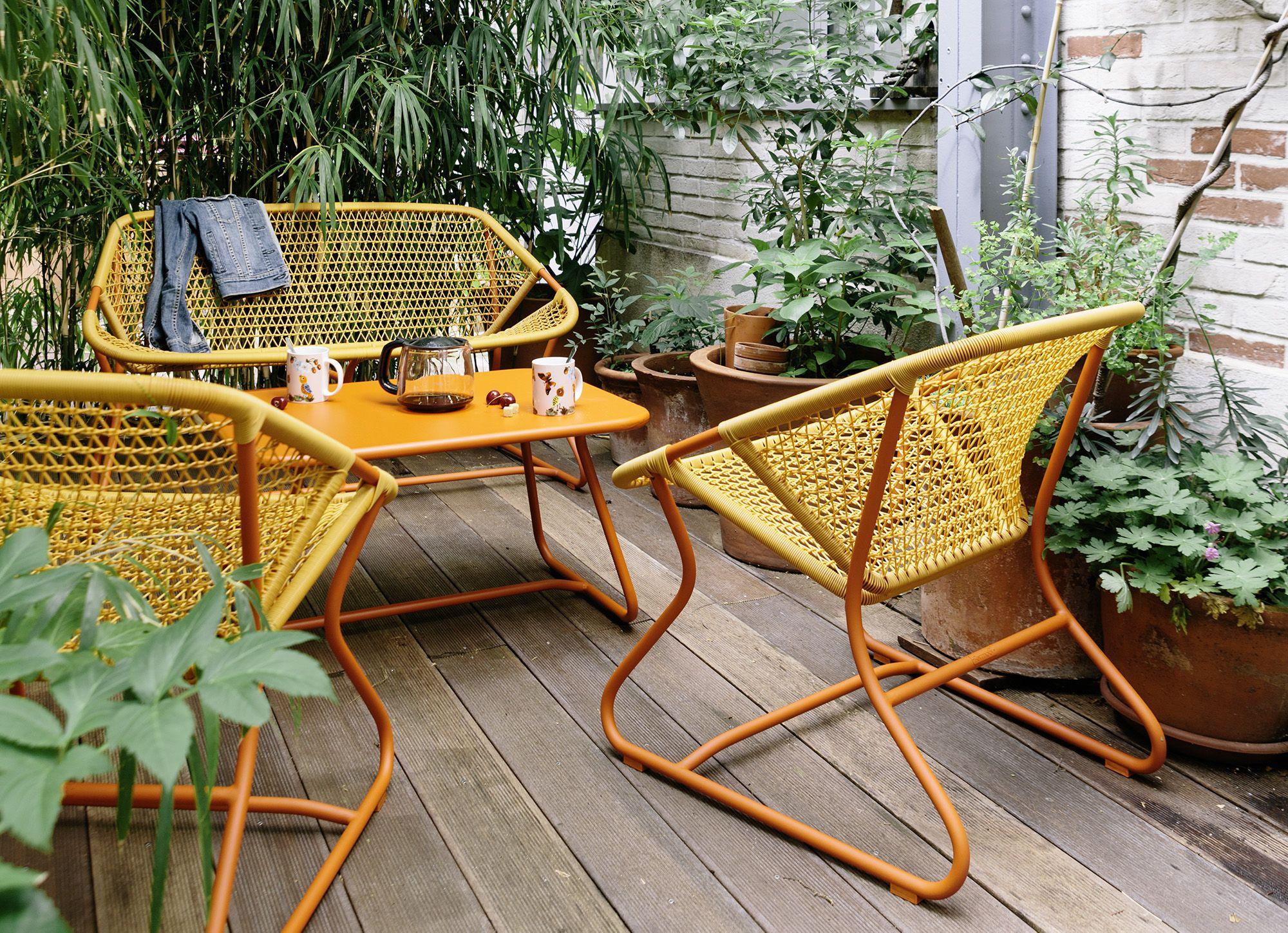 fermob sixties cette collection exprime pleinement l tat d esprit fermob r solument jeune. Black Bedroom Furniture Sets. Home Design Ideas