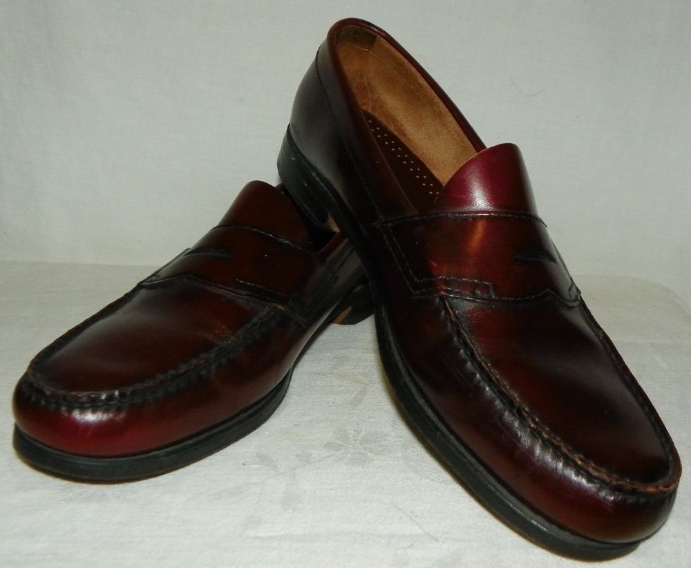 Mens size 11.5 G.H. Bass Weejuns leather shoes loafers