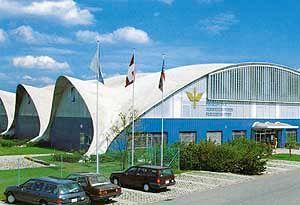 Heinz Isler - Swiss Air Force Museum in Dübendorf, Zurich, Switzerland--completed in 1987.