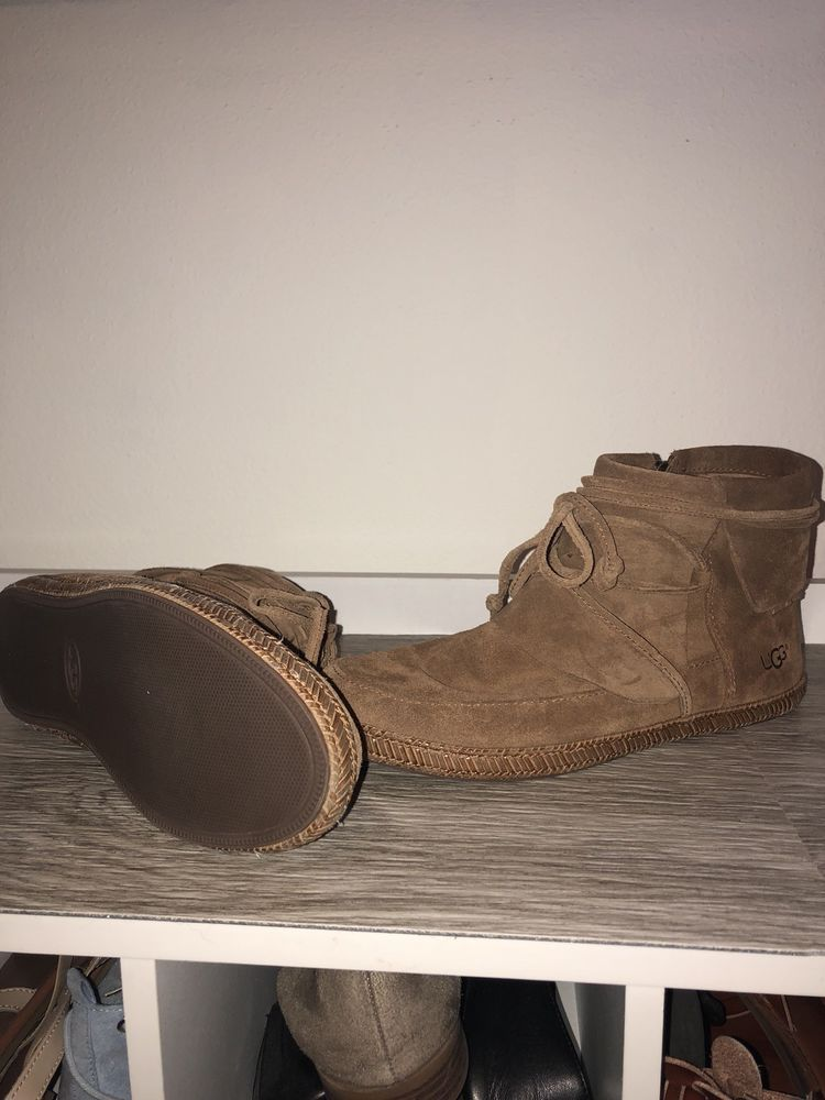 a749fdc38b16 UGG Australia Reid Chestnut Ankle Boot Womens size 8 Suede Bootie zipper   fashion  clothing