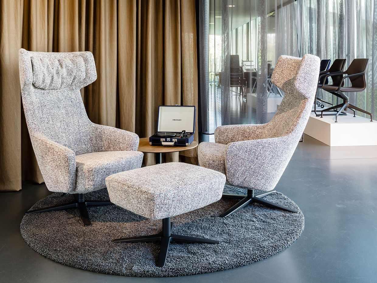 Zenith Interiors Artemo Lounge Table High back chairs
