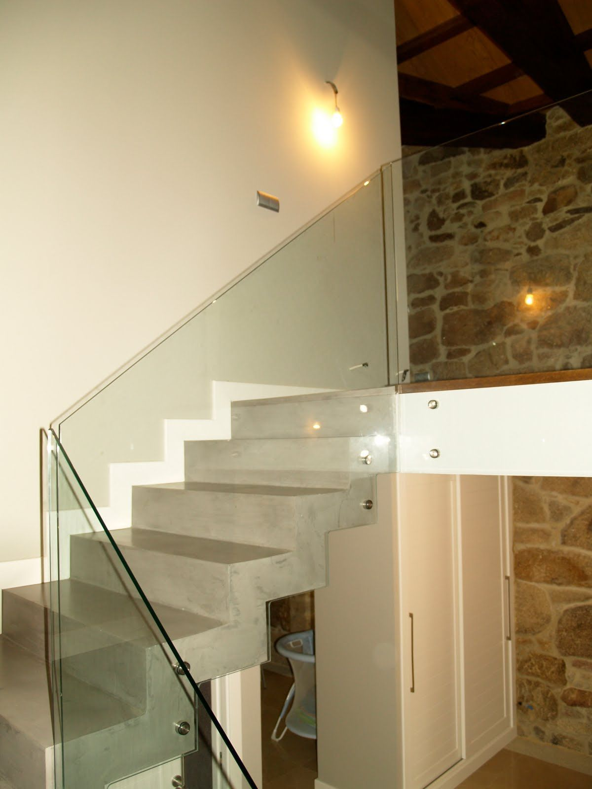 Barandilla vidrio templado para casa pinterest for Barandilla escalera exterior