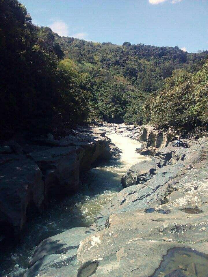 Estrecho del Magdalena. Huila, Colombia.