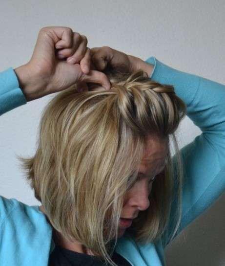 Trenzas para pelo corto  Fotos de los mejores estilismos - Trenzas pelo  corto  Con flequillo de espiga dff296774852