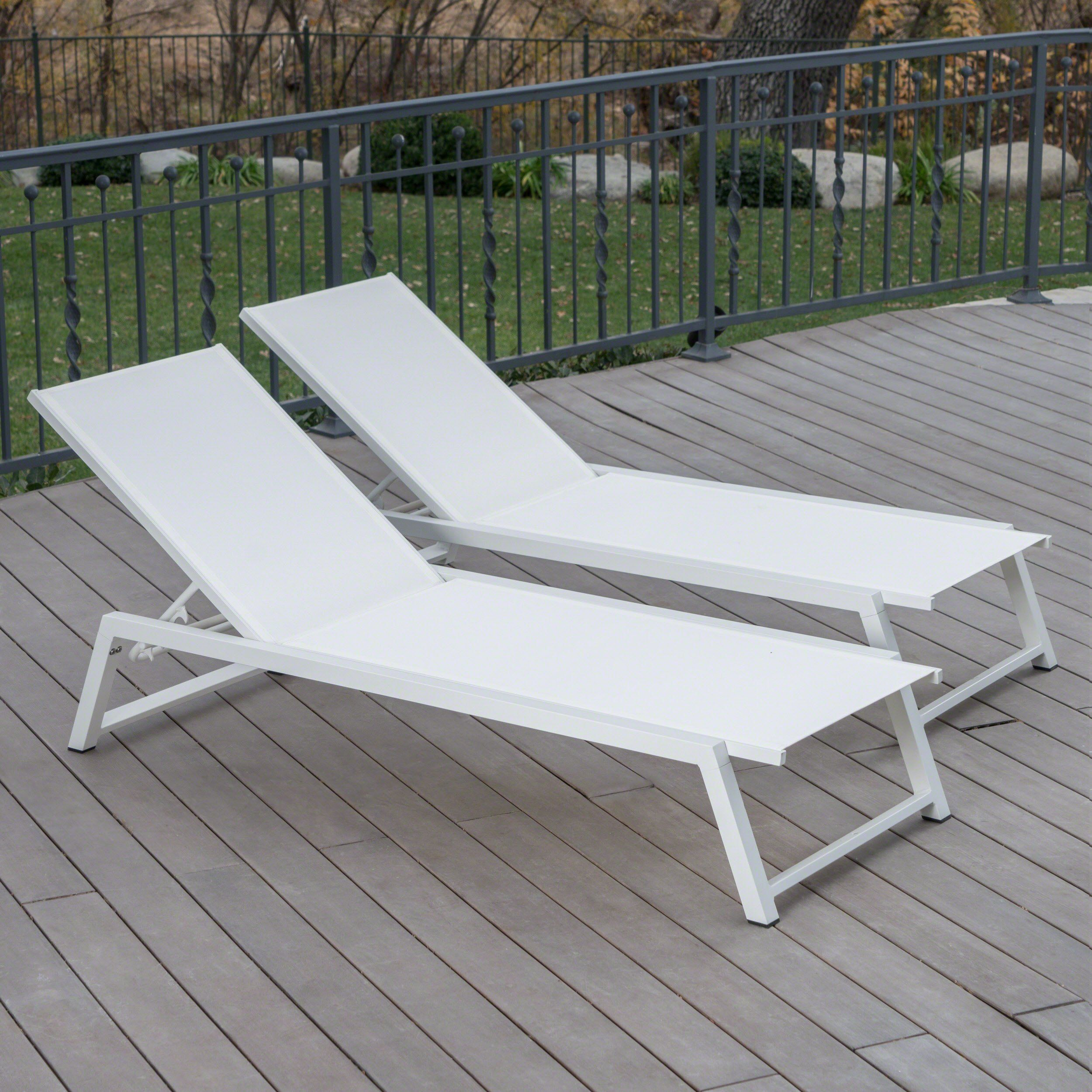 mesa outdoor white mesh chaise lounge with white finished aluminum rh pinterest com