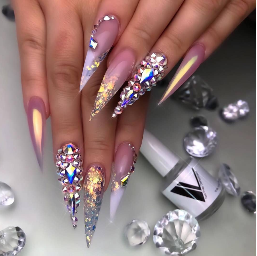20 STUNNING LASTEST STILETTO NAIL ART IDEAS YOU'LL LOVE TO