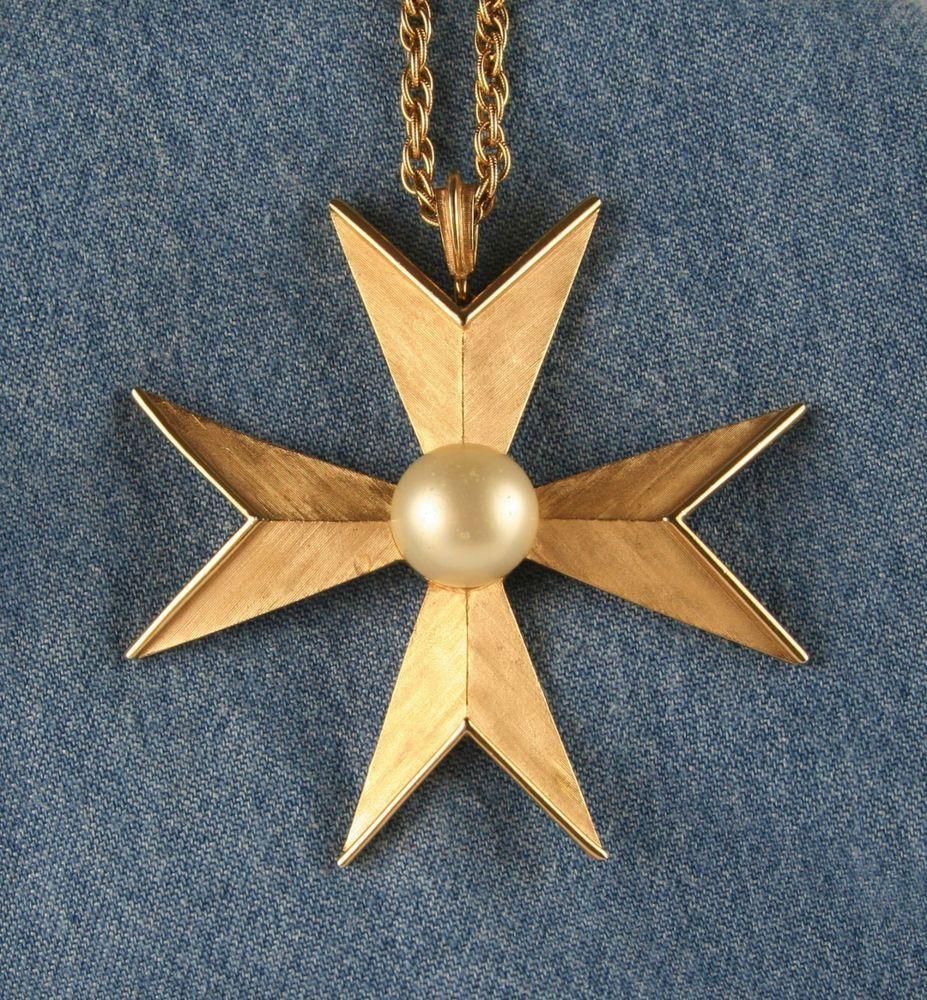Vintage Trifari Big Maltese Cross Pendant Necklace