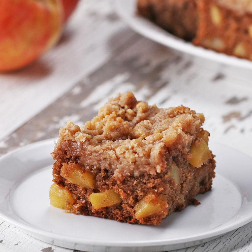 Apple Pie Crumble Blondies Recipe By Tasty Recipe Apple Crumble Pie Pie Crumble Blondies Recipe