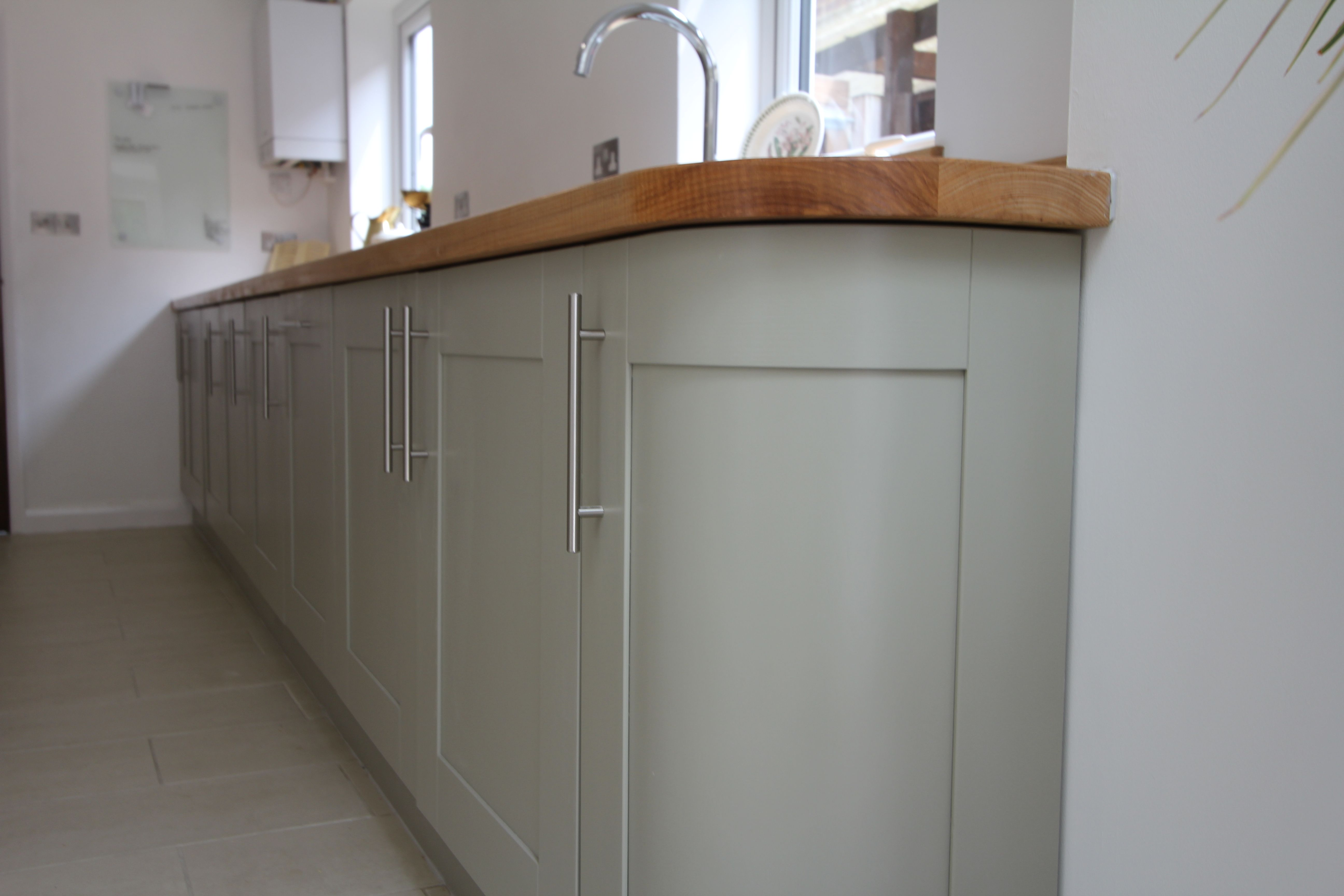 Curved End Unit Completes The Run Of Kitchen Units All Appliances Built Under With A Deep Ceramic Double Sink Home Appliances Kitchen Units 1950s House