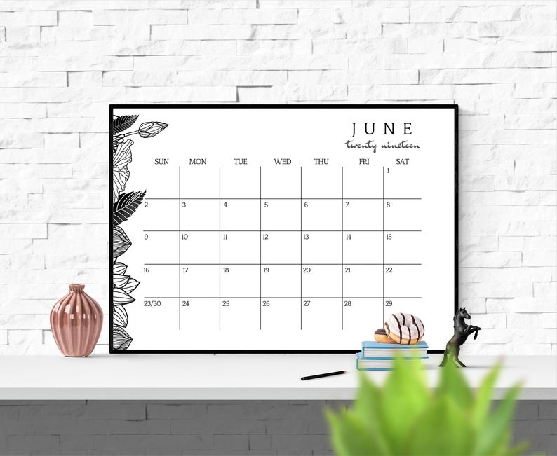 2020 2021 Wall Calendar Printable Desk Calendar 2020 2021 Etsy Desk Calendars Wall Calendar Printable Desk Calendar