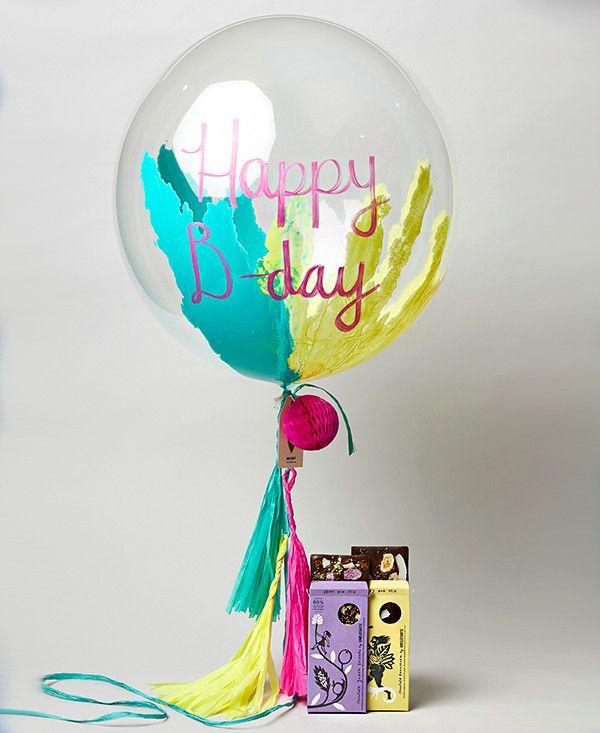 globo transparente inflado con helio y pintado por dentro incluye colgante - Globos Transparentes