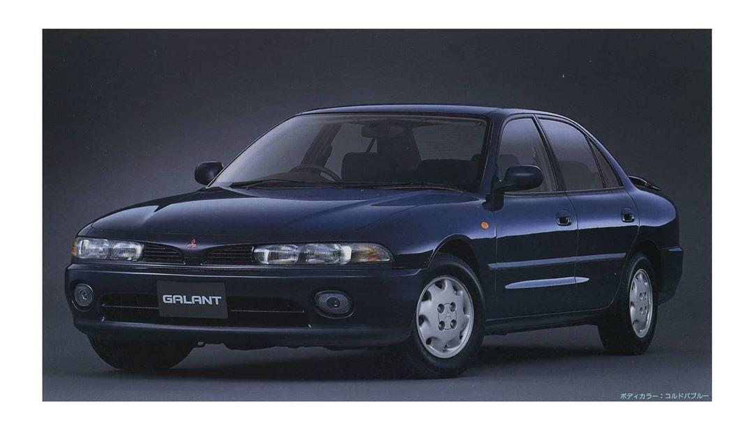 Mitsubishi Color Book 365がinstagramで投稿をシェアしました Cordoba Blue Galant 1992 Models V6 1 8 24v Viento Mitsubishi Galant 92 05 Cordoba Blue アカウントをフォローすると52件の投稿 I 2020