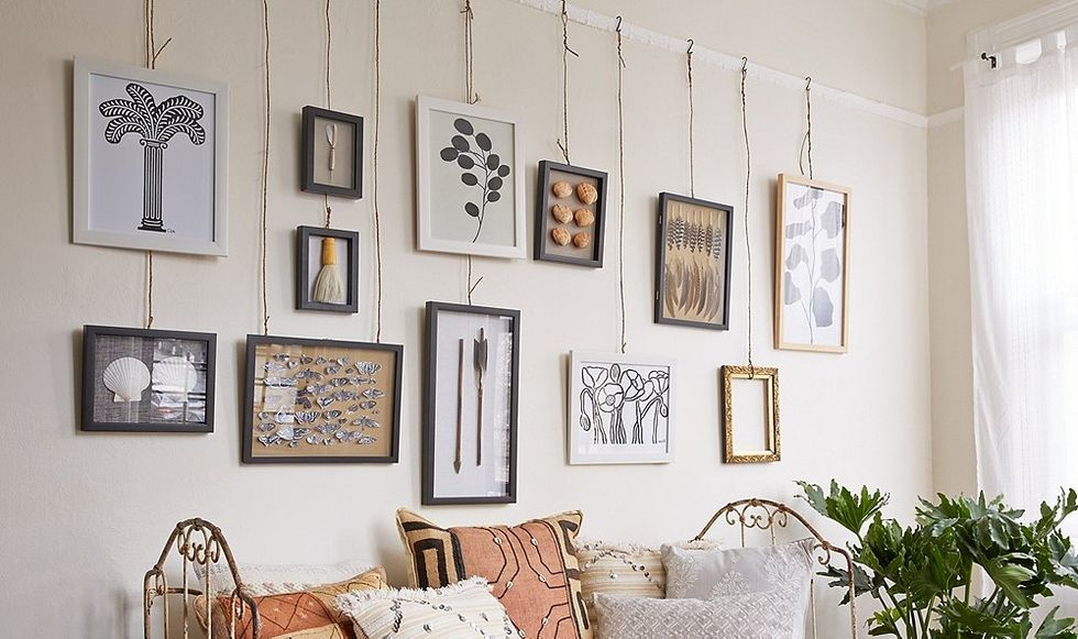 Bend Me Shape Me 5 Unique Ways To Hang Artwork Hanging Wall