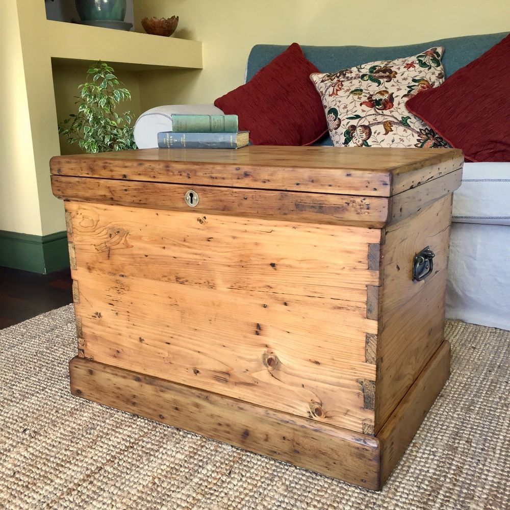 antique pine chest victorian blanket chest coffee table trunk old rh pinterest com