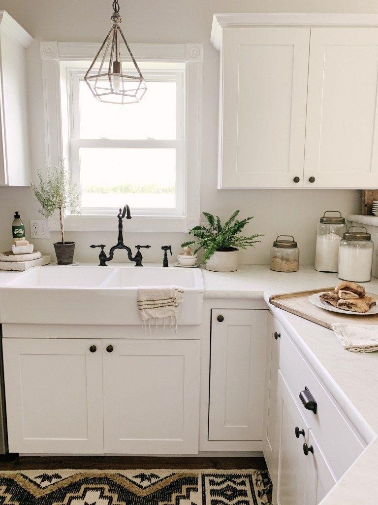 18 Clever Kitchen Backsplash Interior Plans In 2020 Kitchen Countertops Laminate Marble Countertops Kitchen Laminate Kitchen