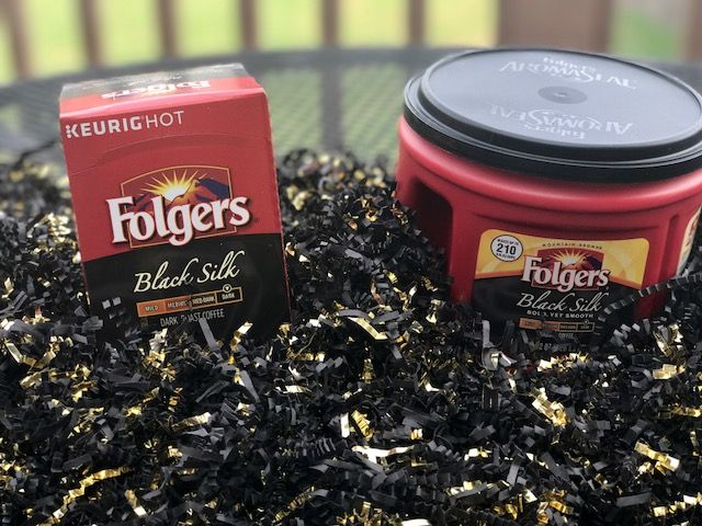 #ad  All it takes is a loved one to share your stories and memories with, and a cup of @Folgers to bring families together this holiday, one cup at a time.