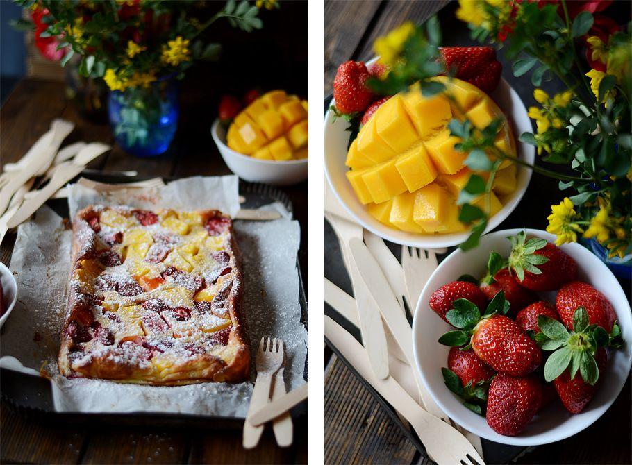 Cocer y cortar, todo es empezar: Clafoutis de fresas y mango. Receta paso a paso.