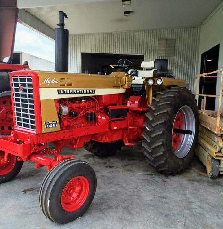 Used Farm Tractors for Sale: Ih 826 Gold Demonstrator (2004-02-08 ...