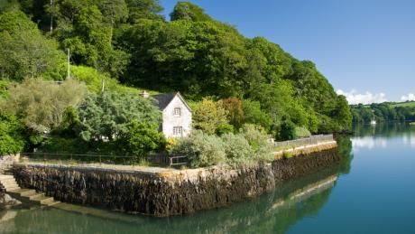 the exterior of quay cottage truro cornwall mike henton rh pinterest co uk