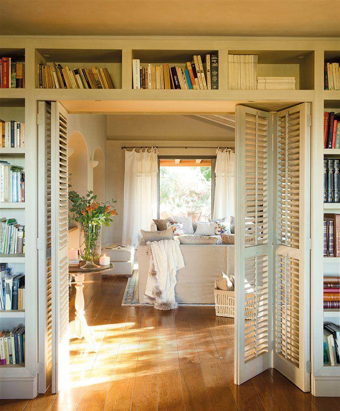 Gana una librería extra aprovechando rincones | Puerta de entrada ...