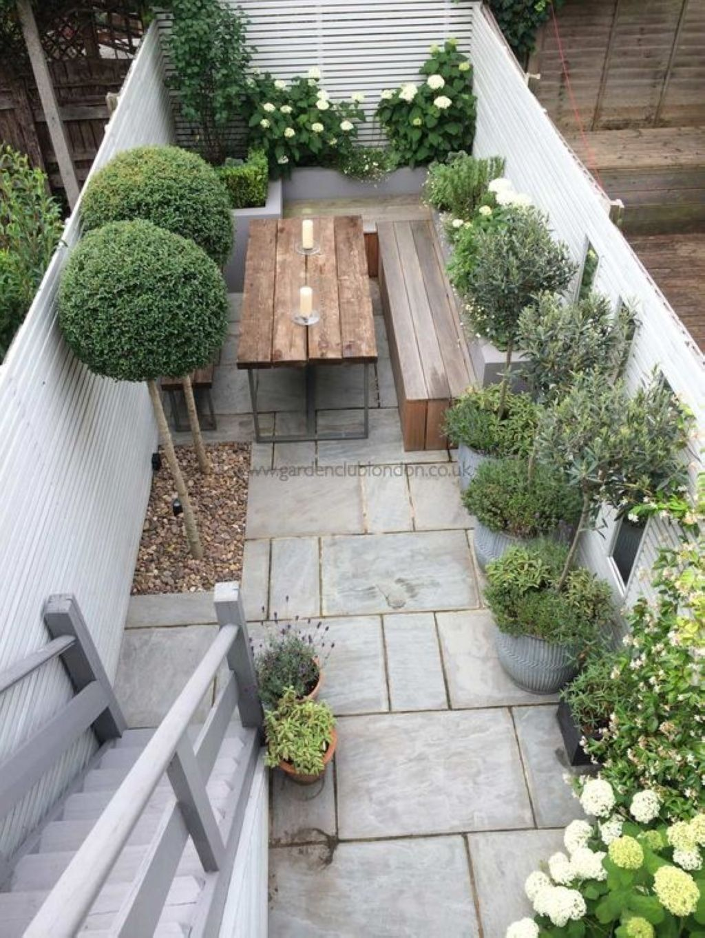 Beautiful Small Space Ideas For Gardens 09