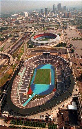 Atlanta Falcons New Stadium Nfl New Renderings Of The Atlanta Falcons New 1 Billion Stadium Atlanta Skyline Atlanta Olympics Georgia Dome