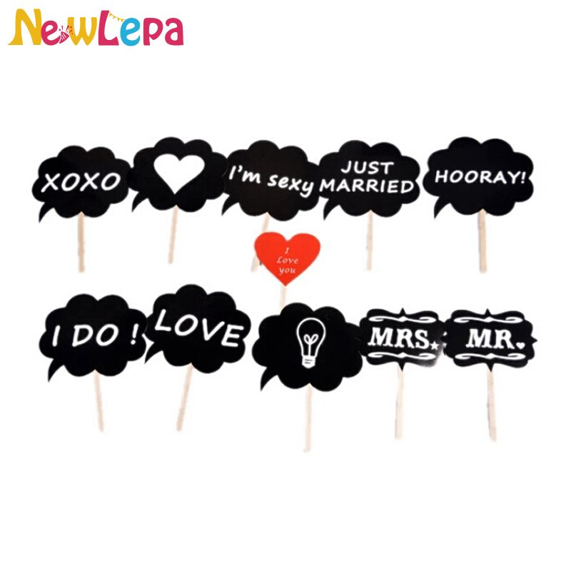 Love DIY Mr Mrs Photo Booth Props
