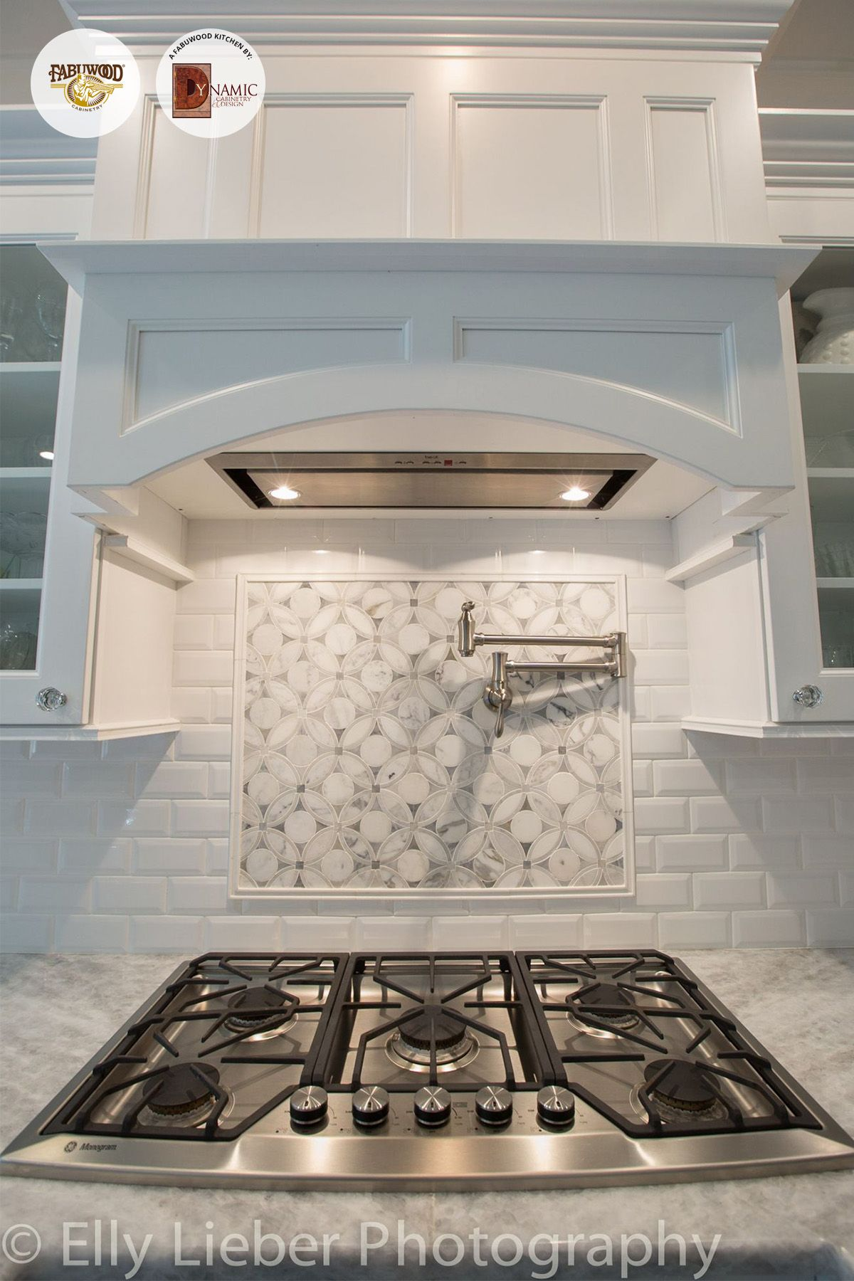 10x10 Grow Room Design: A Lovely Back Splash And Beauty Surrounds In This Amazing