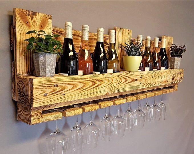 Weinregal vintage Flaschenregal geflammt Weinflaschenregal Wandregal Regal Hängeregal Palettenregal Palettenmöbel Bar Holzregal Shabby #recyclingfurniture