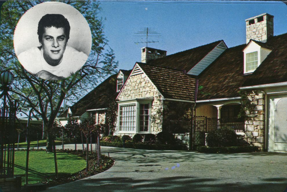 Home of tony curtis beverly hills california homes of for Movie star homes beverly hills