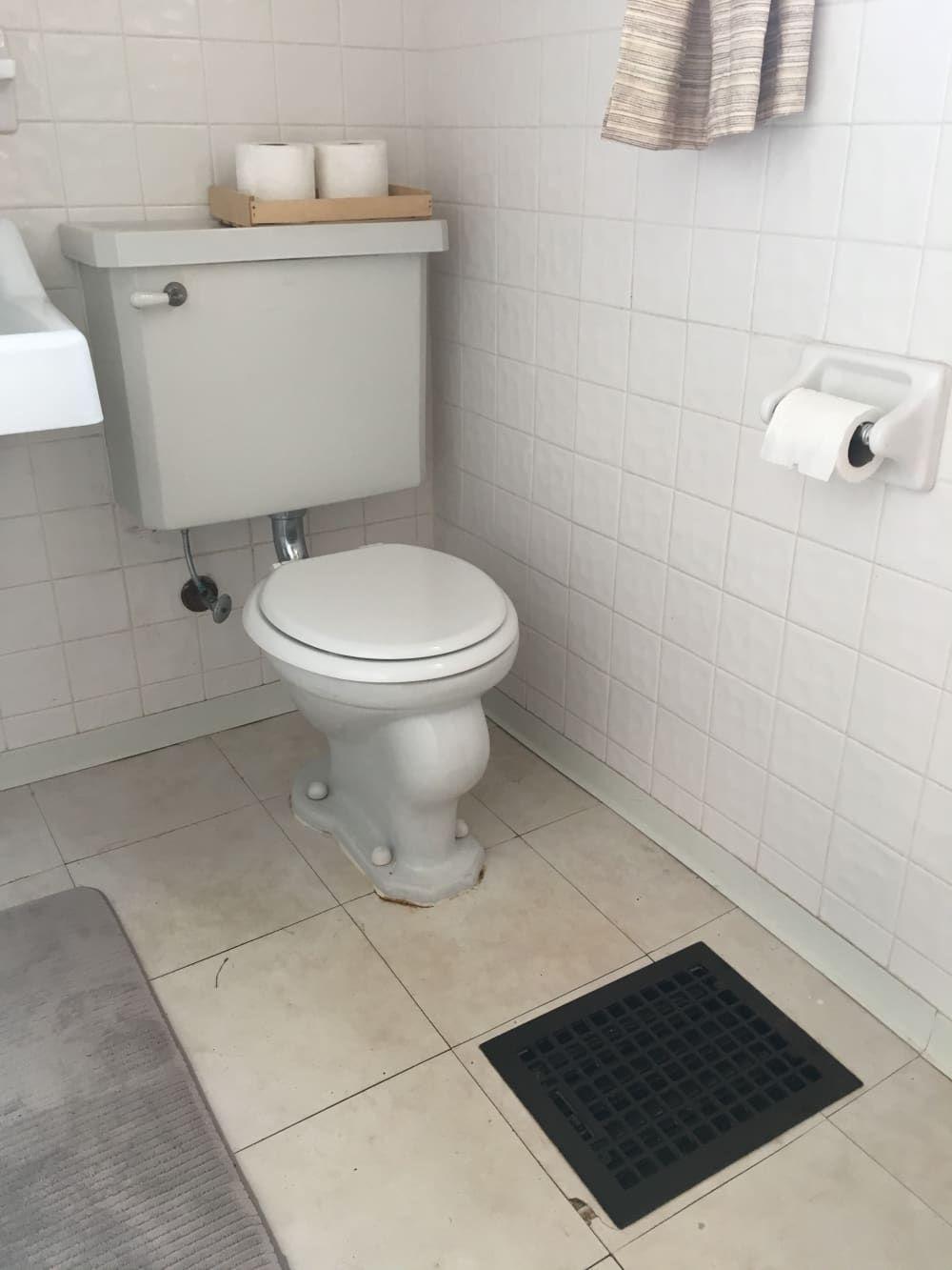 This 50 Temporary Flooring Floats Right Over Rental Bathroom Tile Rental Bathroom Luxury Vinyl Tile Temporary Flooring