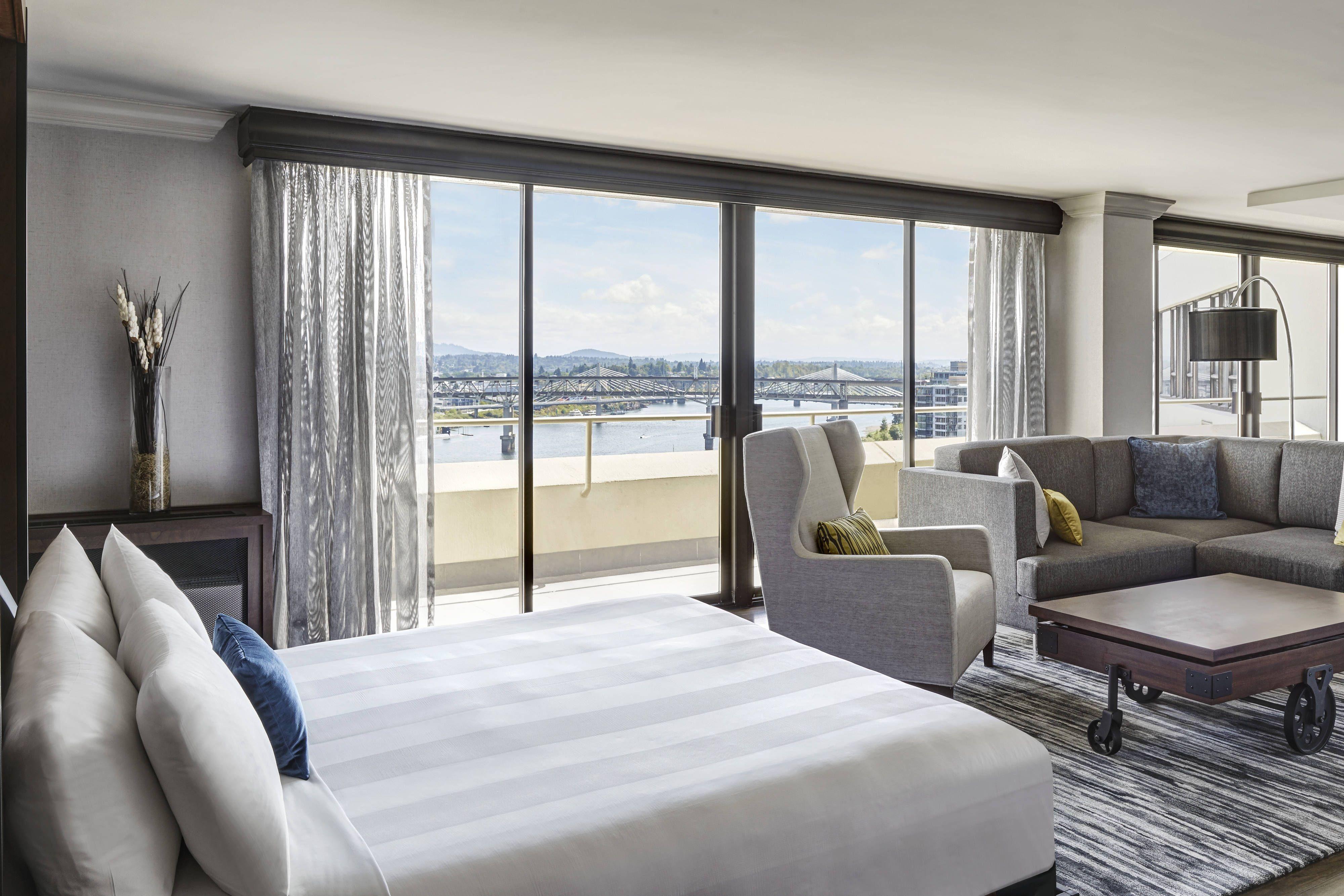 portland marriott downtown waterfront presidential suite bedroom rh pinterest com