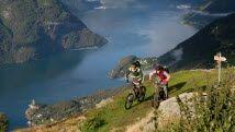 Downhill-sykling ved Storfjorden