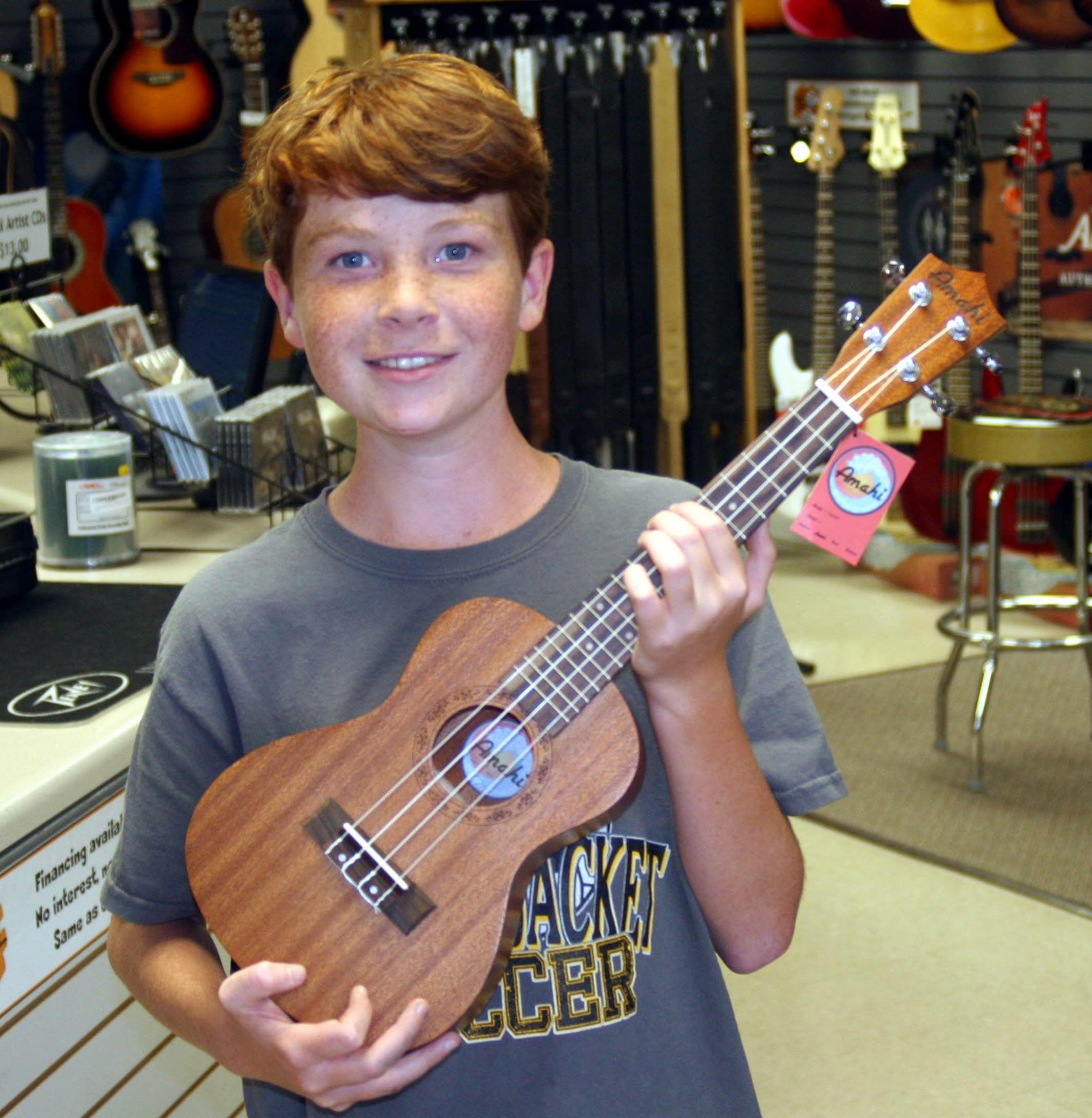 Nothing quite like a new uke to make the day brighter!  #amahi  #ukulele  #starkvillems  #ukeanywhere