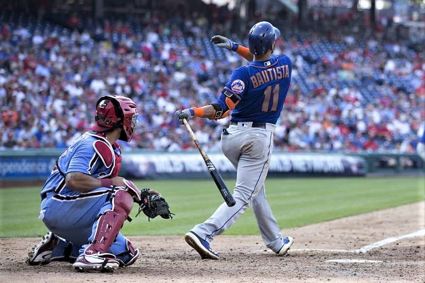 Watching it go Jose Bautista of the Mets hits a grand