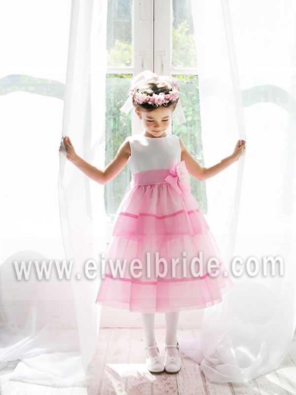 ボード「Girls dress」のピン