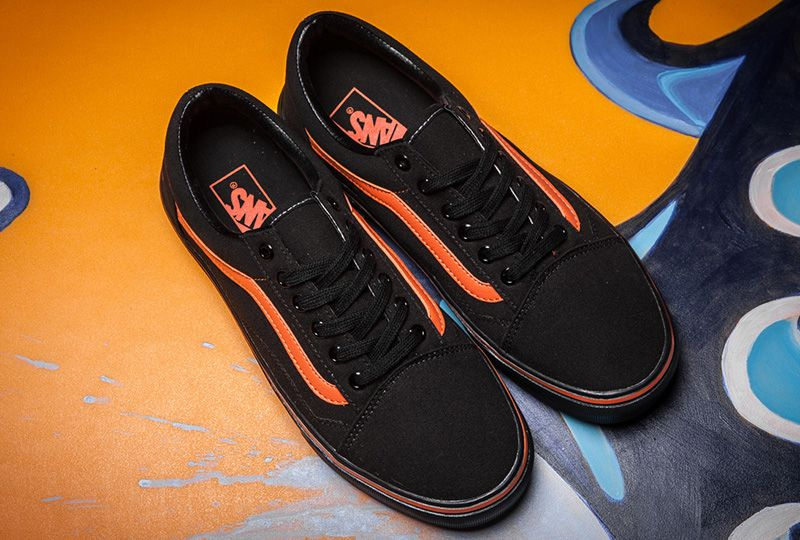eae3fcbde3f31 VLONE x Vans V Friends Old Skool Skateboard Shoes Black/Orange ...