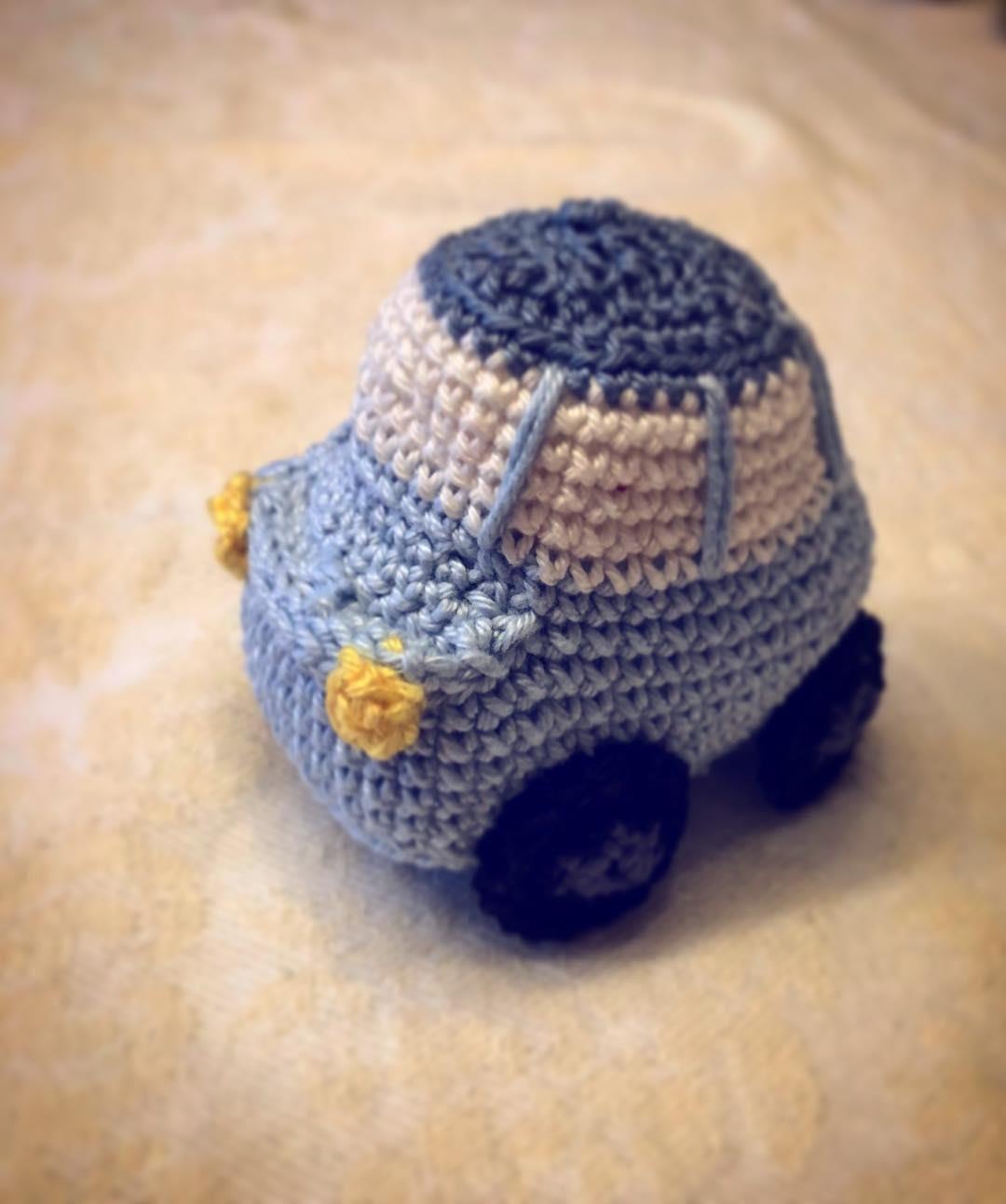 Crochet VW Beetle Amigurumi Pattern - Crochet News | 1293x1080