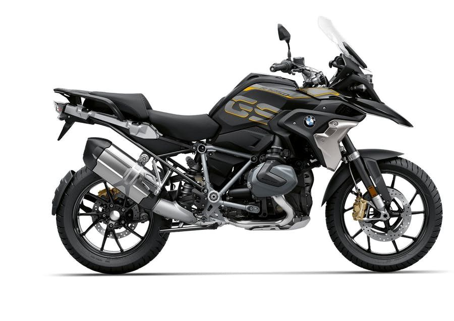Bmw Rolls Out 2019 R 1250 Gs And Rt With Variable Valve Lift Bmw