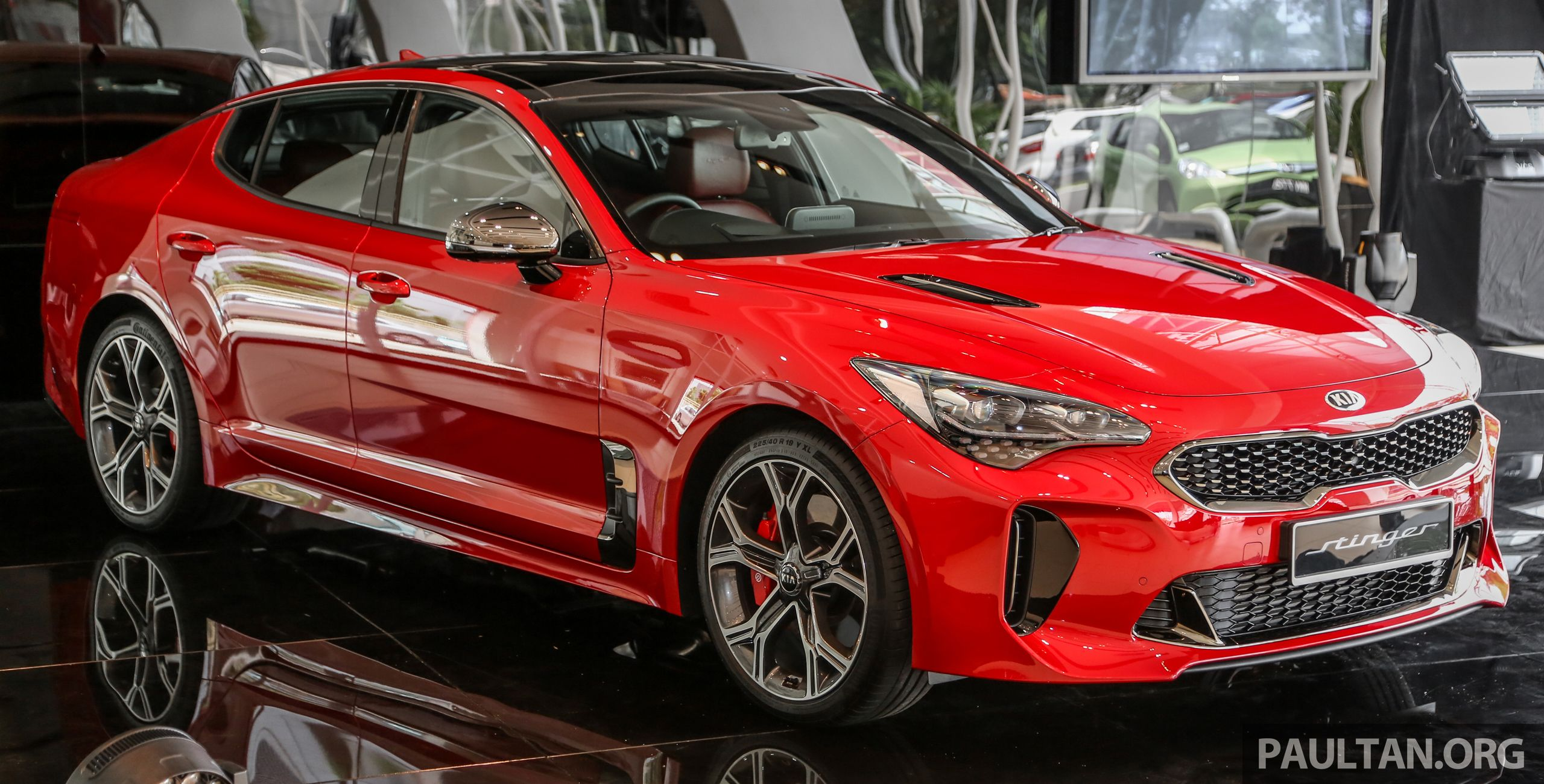 Kia Stinger Launched In Malaysia 251 Hp 2 0 Gt Line And 365 Hp 3 3 V6 Gt Cbu Rwd Rm240k To Rm310k Kia Stinger Kia Kia Motors