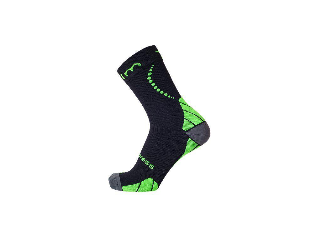 NOVINKA - stredne vysoké kompresné ponožky na beh aj bicykel COLLM ... a75c7a90e1