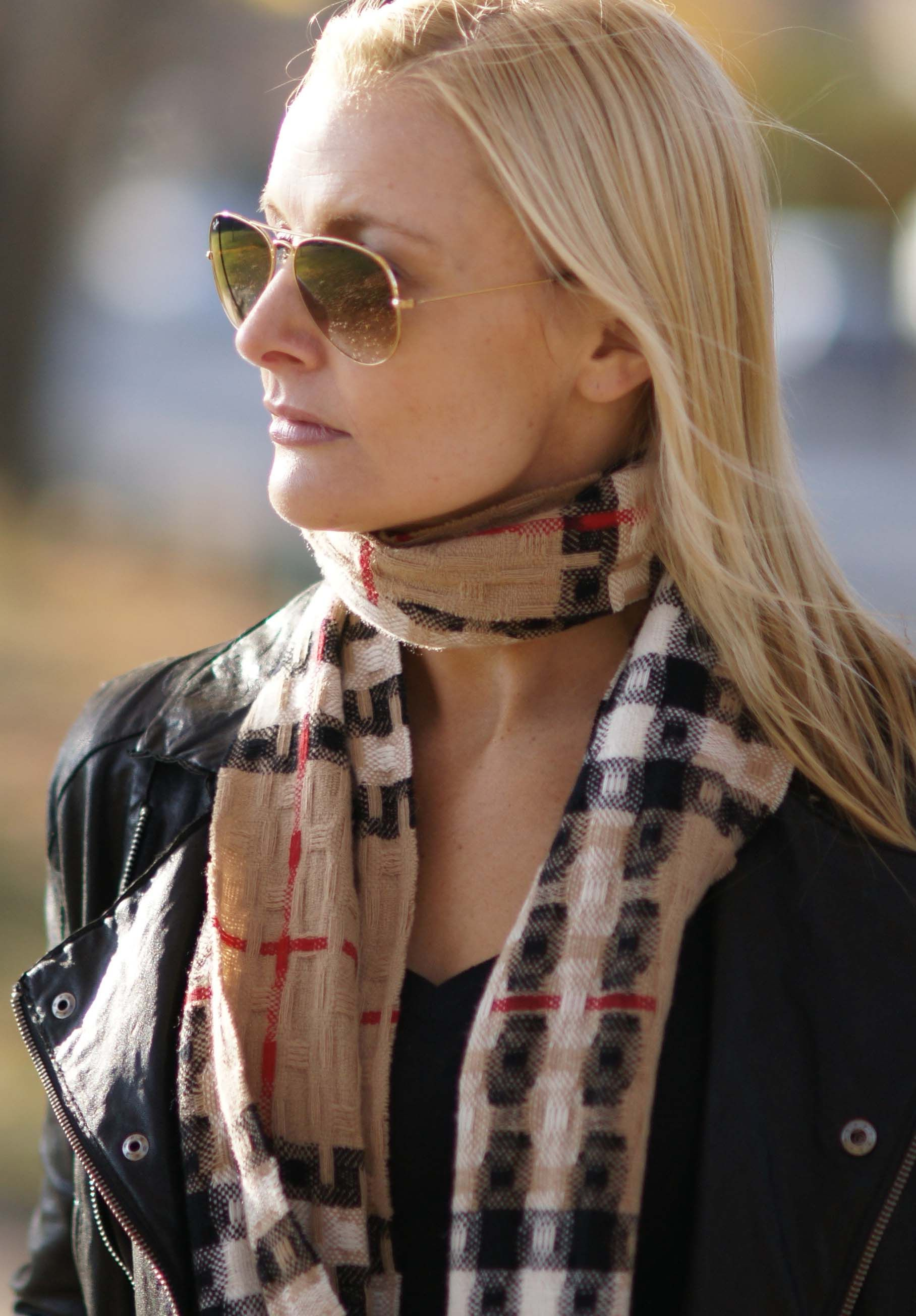 Burberry scarf gotta to love burberry pinterest burberry scarf