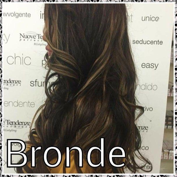 Bronde È la fusione tra marrone e biondo. Dona un effetto ...