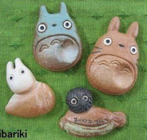 10%OFF- 4 Chopstick Holder - Pottery Shigaraki Ware - handmade - made in Japan - Totoro - 2012 (new)