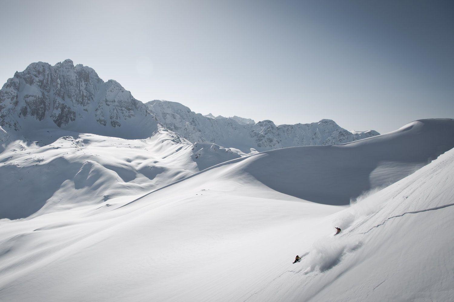 Gulmarg hat die höchste Gondelbahn der Welt. Das Problem? Der Skiort liegt in einem Kriegsgebiet.