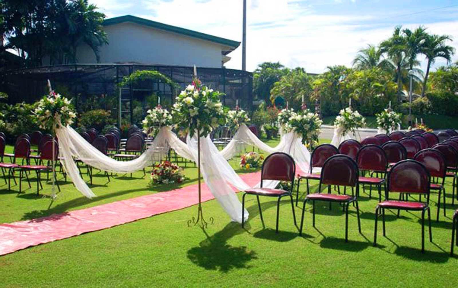 Best color combinations Romantic Spring Wedding