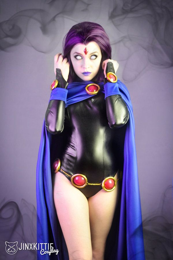 Character Raven aka Rachel Roth From