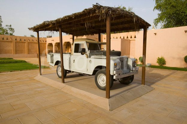 Early Land Rover The Palace Museum Al Ain Uae Land Rover
