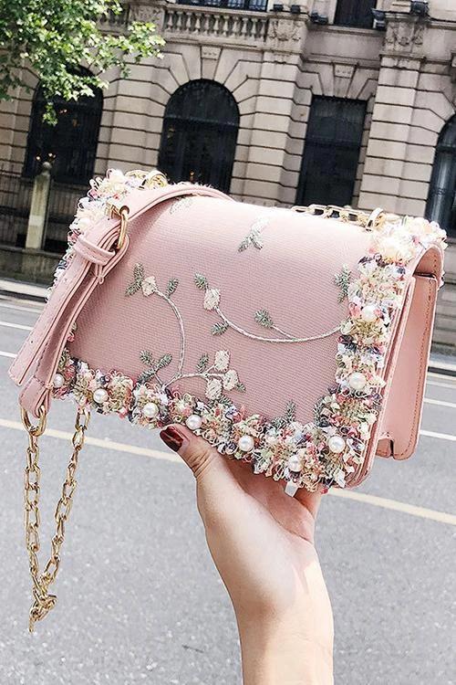 Peal Floral Chain Shoulder Bag