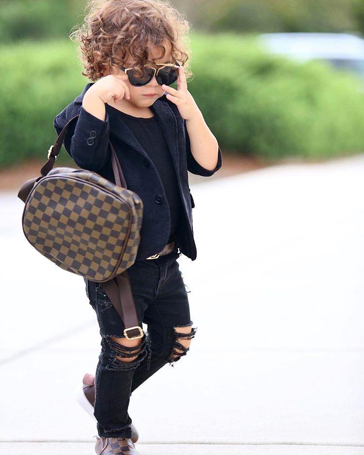 "ARIELLA & ALESSANDRO ♂♀ on Instagram: ""Backpack , belt and shoes from @fabminiwardrobe •••••••••••••••••••••••••••••••••••••••••••¥¥•¥••••#fashionkids #kidzfashion #kidzootd…"""